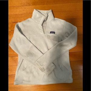 White Patagonia women's re-took snap-t pullover